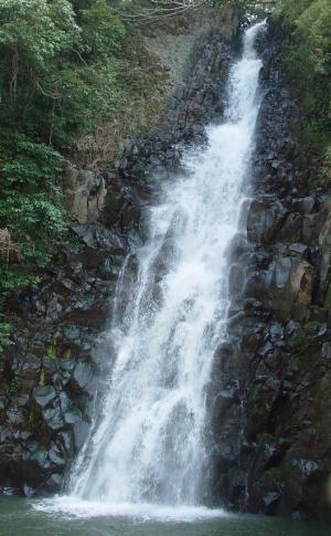 郷田(ごうだ)の滝、加治木日木山川